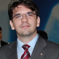Dr. Ubirajara Casado